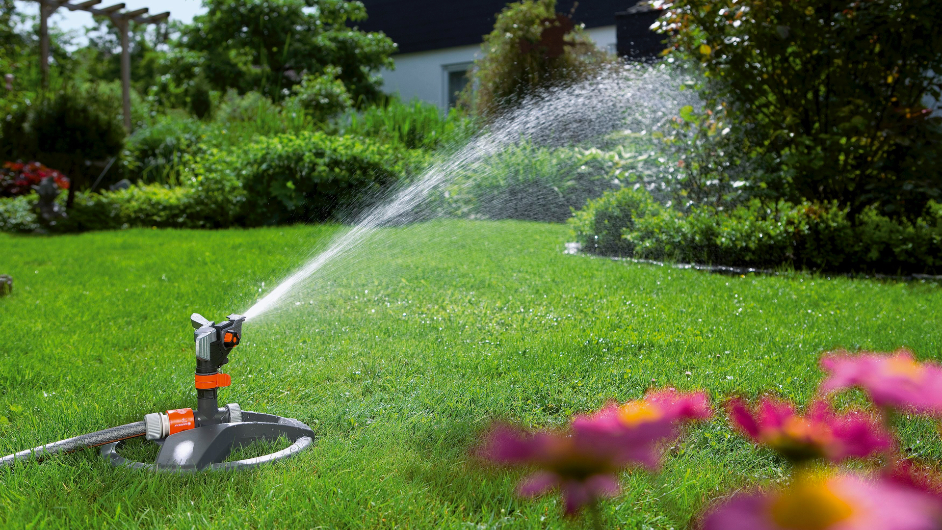 garden sprinkler pictures